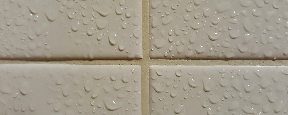 How to clean bathtub grout